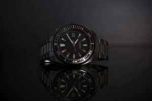 Can You Wear A Dive Watch with A Suit?