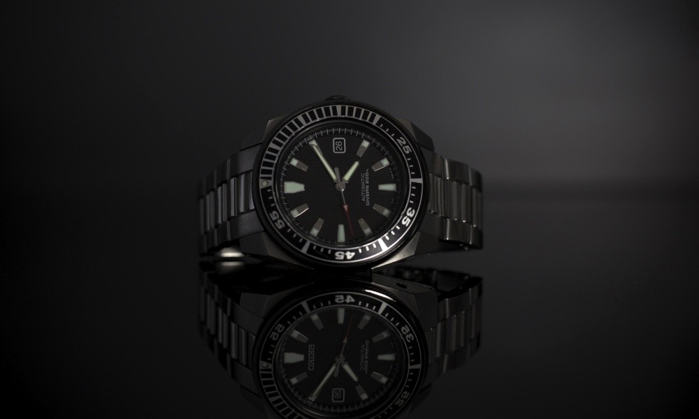 Can You Wear A Dive Watch with A Suit