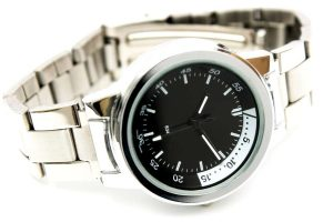 Scuba Diving 101: How To Use A Dive Watch