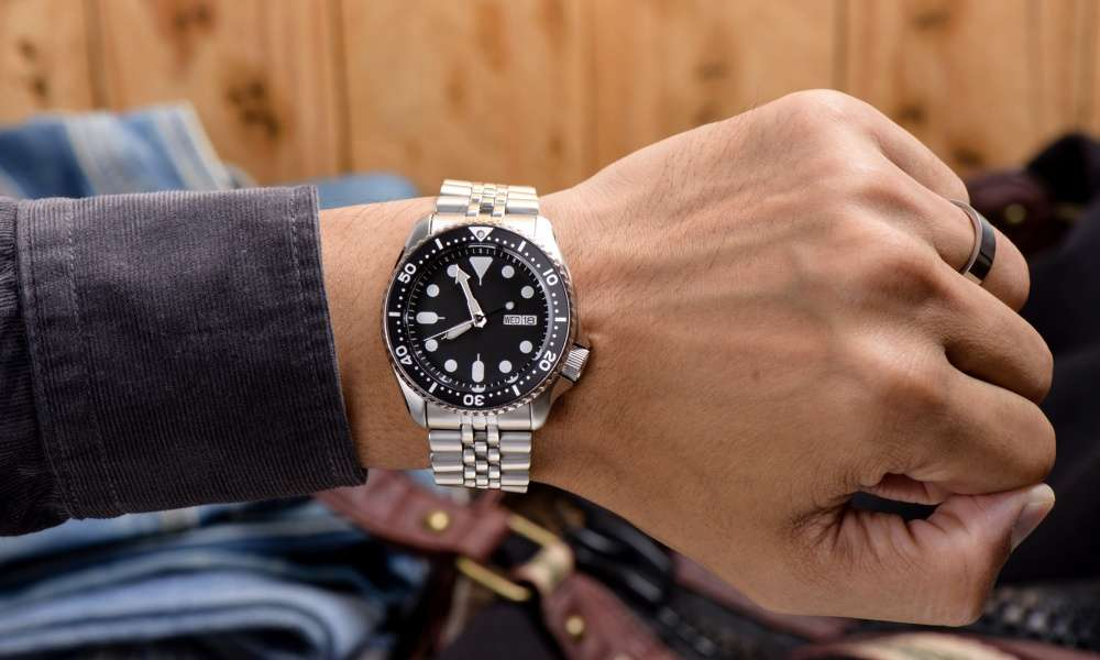Seiko SKA371 Kinetic Dive Silver Watch Review